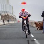 オランダの向かい風サイクリング選手権大会【動画あり】